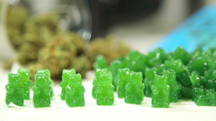 how to make edible gummies